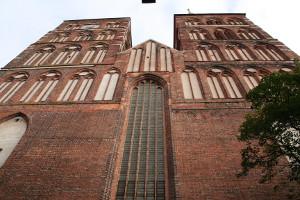 Frontseite der Nikolai-Kirche in Stralsund